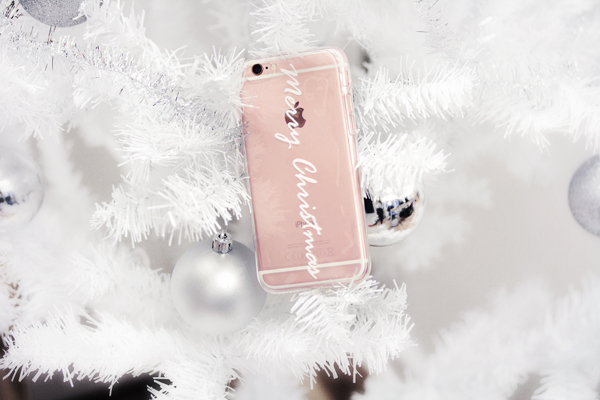 merry_christmas_white_iphone66s_skal_idiwa_1_webben